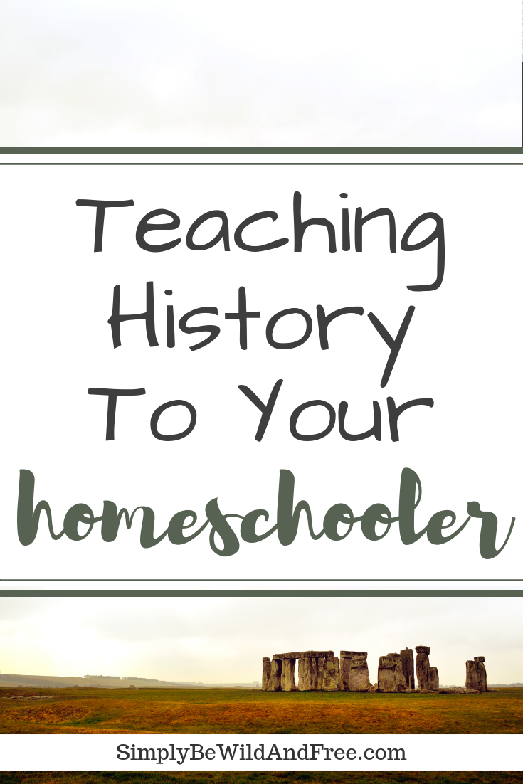 Calling all homeschool moms! What if you could teach all your kids a single history lesson all at the same time, no matter their age? Check out this amazing post on how to teach your homeschoolers history, FAMILY STYLE! Get all the tips, hacks, and ideas you will need for a successful family lesson. Check out our personal schedule, plus take a sneak peek at the curriculum we use at home! #homeschool #historylessons #teaching #kids #learn #schedule #mom